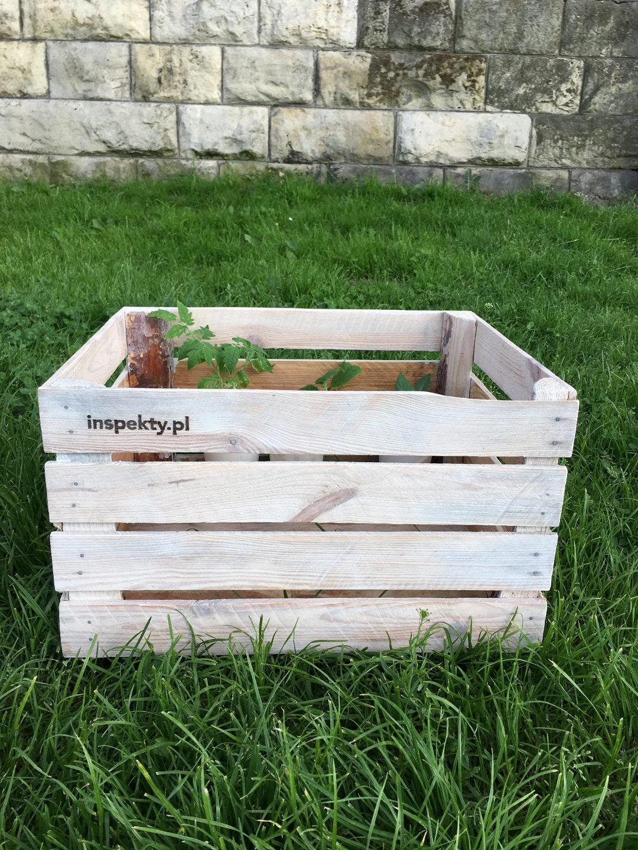 Jak Wykonać Recyklingowe Doniczki Z Drewnianej Skrzynki Po