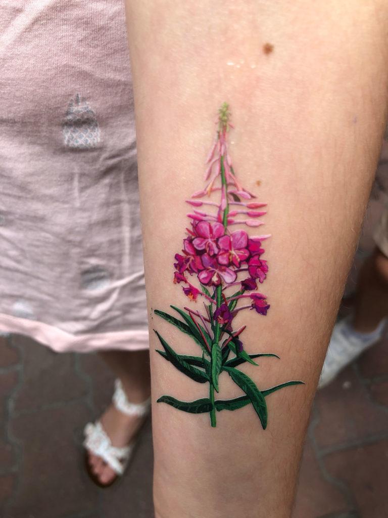 zmywalne tatuaże